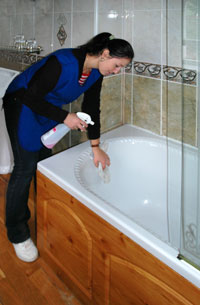 Reliable home cleaning service in ayr and ayrshire for Bathroom cleaning procedure